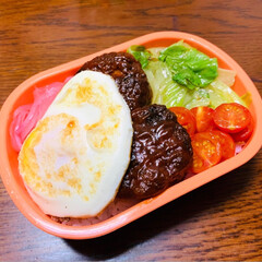 柚子胡椒/あんかけ焼きそば/ロコモコ丼/今日のランチ/お弁当/フォロー大歓迎/... 今日は簡単にロコモコ丼弁当🍳 作り置きの…