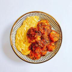 肉なし/小石原焼/器好き/海老チリ/豊かな食卓/お昼ごはん/... ⌘本日のお昼ご飯⌘2019.04.18⌘…