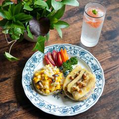 発酵食品生活/ぬか漬け/オープントースト/リミアごはんクラブ/朝ごはん記録/おうちカフェ/... イングリッシュマフィンで2種類のオープン…