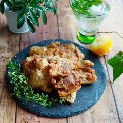 鶏皮レシピ/鶏皮/家飲み/家バル/おうちごはん/おうちカフェ いつかの家バル レモンペッパーのパリパリ…