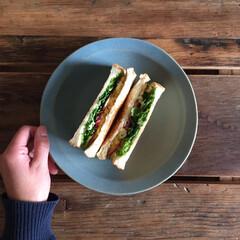 卵サンド/パン/食パン/サンドイッチ/おうちごはん たまごうもれたサンド☺︎