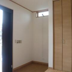 広めの玄関/玄関収納/土間収納/色々置けて便利/玄関クローゼット 広い玄関は色々な物が置けて便利です。 仕…