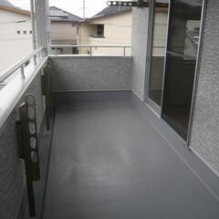 広いバルコニー/屋根がかかったバルコニー/洗濯物がたくさん干せるバルコニー/急な雨でも洗濯物が安心なバルコニー/くつろぎスペースにも使えるバルコニー 広いバルコニーは 屋根もかかっていて 洗…