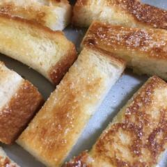 食パン/おやつ 今日のおやつ  食パンラスク