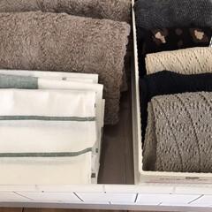 IKEA ELLY 20277766 キッチンクロス ホワイト グリーン 50x65cm 4 ピース | イケア(ホワイトボード)を使ったクチコミ「【靴下収納】  100均ショップで購入し…」