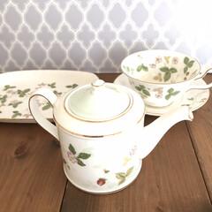Wedgwood ワイルド・ストロベリー ティーカップ&ソーサー ピオニー | ウェッジウッド(マグカップ)を使ったクチコミ「【ウェッジウッド ワイルドストロベリー】…」