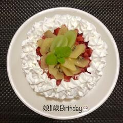 ケーキ作り/誕生日ケーキ 昨日のInstagramの投稿。  明日…