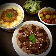フライパンまるごと/グラタン/ハンバーグ/料理/晩ご飯/リメイク料理 今日の晩ご飯 は、 ✴︎フライパンま…