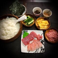 手巻き寿司/今日の晩ご飯/料理/おうちごはん 今日の晩ご飯 は、 手巻き寿司✴︎ たま…