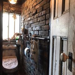 アメリカンアンティーク/インダストリアル/トイレ/DIY/暮らし/リフォーム/...  テーマは100年前の路地裏放置トイレ …