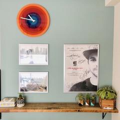 フェイクグリーン/古材/西海岸スタイル/SundayDIYer/インテリア/DIY/... DIYでペイントした壁とパントン時計の色…