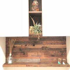 古材/西海岸スタイル/SundayDIYer/DIY/インテリア/LIMIAスイーツ愛好会/... トイレのDIYです🤙古材を貼って棚板を作…