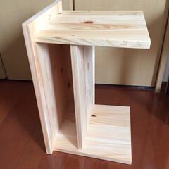 サイドテーブル/横置き/集成材/ヒノキ/ミニテーブル/机/... ヒノキの集成材で作ったパソコン用のミニテ…(2枚目)