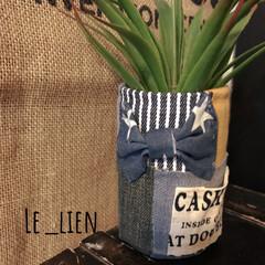 ポケット/リボン/リメ缶/デニムリメ缶/デニムリメイク/フォロー大歓迎/... 新作のデニムリメ缶です。リボンとポケット…