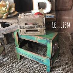 ダイソー/ミニチュア雑貨/工作材料/ハンドメイド/キャンドゥ/台/... 夫の作品です。ミニチュアの台です。ダイソ…