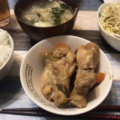 煮込み料理/骨付き鶏肉/鶏肉/夕飯/晩ご飯 骨付きの鶏肉が安かったので、今夜は鶏肉を…