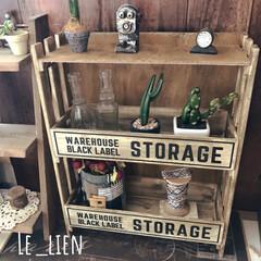 すのこ棚/すのこDIY/スノコ/すのこ/飾り棚/木箱リメイク/... DAISOの木箱とスノコ➕端材で作ったデ…