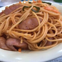 スパゲティ/ナポリタン/パスタ/お昼ごはん/ランチ 今日のランチはナポリタン🍝子供ように少し…