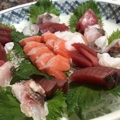 父の料理/お刺身盛り合わせ/お刺身/フォロー大歓迎/グルメ/フード 私のお気に入りの父の料理、パート2!お刺…