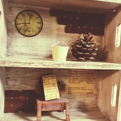 ミニチェアー/ミニチェア/ディスプレイラック/木箱リメイク/木箱/DIY/... 木箱を二つ重ねて作ったディスプレイラック…