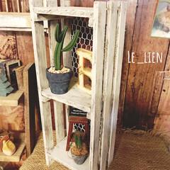 すのこリメイク/すのこDIY/スノコ/飾り棚DIY/飾り棚/100均/... 以前、100均のスノコを半分にカットして…