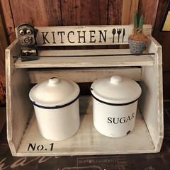 ナチュラルキッチン/調味料ラック/リメイク/インテリア/雑貨/住まい/... ナチュラルキッチンのラックをホワイトに塗…