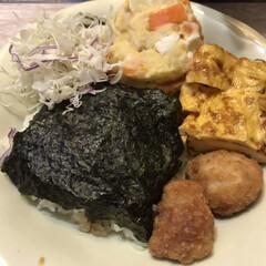 海苔弁/夕飯/スタミナ盛り/スタミナ飯/スタミナご飯/おうちごはん/... 不思議な夫が作ってくれた夕飯。お弁当では…