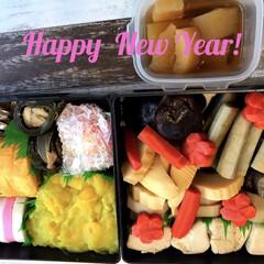 おせち/新年挨拶/おせち料理/お正月2020/フォロー大歓迎 あけましておめでとうございます🎉🎈🍾🎍今…