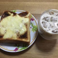 グリル/朝食 今朝の朝食 グリルで焼いたので少し焦げて…
