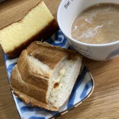 簡単簡単/朝食/ホントサンド/フランスパン 少し買ってから時間経ってしまったフランス…(1枚目)