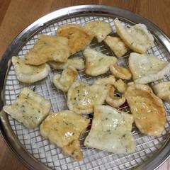 揚げ餅 お正月前に作ったのり餅を乾燥させて揚げま…