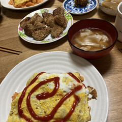 晩ご飯/魚料理/オムライス ご飯余ってたからシーフードオムライス作り…(1枚目)