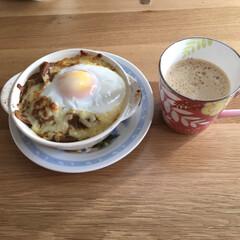 朝ご飯 昨日の夜のシーフードカレーをリメイク、単…
