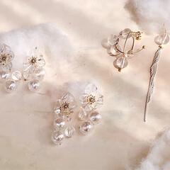 ヴィンテージアクセサリー/アート/おしゃれ/ガラス/クリア素材/春夏コーデ/... bubble pierce/earrin…