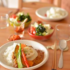 おうちカフェごはん/お昼ごはん/二人暮らし/ふたり暮らし/LIMIAごはんクラブ/おうちごはんクラブ/... いつかの休日お昼ごはん。 野菜たっぷりカ…