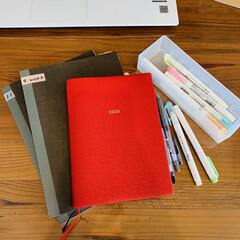 マイルドライナーブラッシュ マイルドオレンジ | ゼブラ(ボールペン)を使ったクチコミ「私の毎日に欠かせない、手帳とノート。 マ…」
