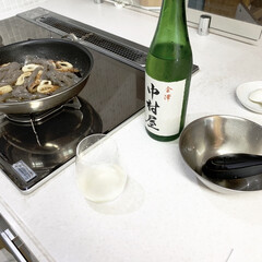 キッチン雑貨/キッチン/常備菜/ご褒美/うすはり/日本酒/... 夕飯づくりのひとこま。 煮物をしながらの…