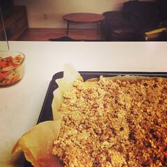 グラノーラ/手作りグラノーラ/きんぴら/常備菜/朝食/オーブン/... 手作りのグラノーラと、きんぴら。  お料…