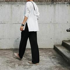 アラフォー主婦/アラフォーママ/アラフォーファッション/30代ファッション/30代コーデ/30代/... 最近このホワイトのロングTシャツがお気に…