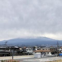 富士山 朝の富士山🗻は麓まで見えていましたが、お…