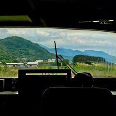 車窓から/白神山地/五能線/青森/おでかけワンショット/旅行/... 青森の五能線 先頭車両から白神山地が見え…