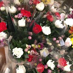 ありがとう/花屋さんの花/よってって/アクセサリー収納/ピアス収納/ネックレス収納/... 先日、買い物のついでに。よってって店。花…(3枚目)