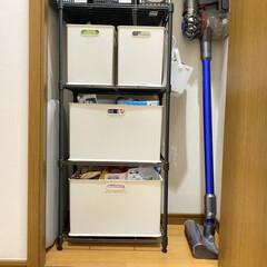 ダイソン 掃除機 コードレス Dyson V7 Fluffy(掃除機)を使ったクチコミ「【オススメ収納】  こんにちは! 節約×…」