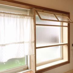 窓際/窓枠/小窓/レトロ/ラック/キッチン/... キッチンの窓際に、小窓付きラックをDIY…