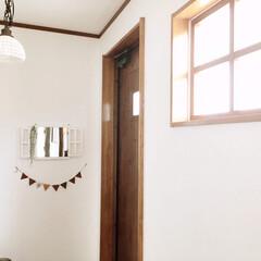 インテリア/ガーランド/salut/鏡/ミラー/窓/... 玄関のインテリアを、模様替えしました。 …