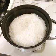 リミアな暮らし/初めての挑戦/鍋でご飯/炊飯/ストウブ/ごはん/... 初めてストウブでご飯を炊いてみました。 …