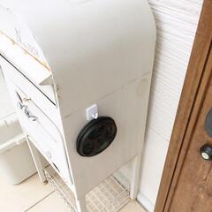 玄関/ポスト/マグネットフック/男前/ブラック化/スプレー塗装/... ダイソーの蚊取り線香ケースを、マットブラ…