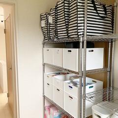 Iwatani カセットコンロ カセットフー エコプレミアム CB-ECO-PRW イワタニ 岩谷 | カセットフー(カセットコンロ)を使ったクチコミ「2階の納戸にはスチールラックを設置して、…」(2枚目)