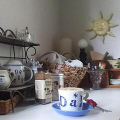 インテリア/カフェ風/太陽の光/雑貨/コーヒーカップ/モーニングコーヒー/... おはよう☀️って最初に迎えてくれる お気…