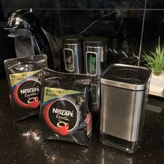 ネスカフェ ドルチェグスト ジェニオ2 プレミアム ピアノブラック MD9771-PB | ネスカフェ ドルチェ グスト(その他キッチン、日用品、文具)を使ったクチコミ「最近の購入品  インスタントコーヒーを保…」